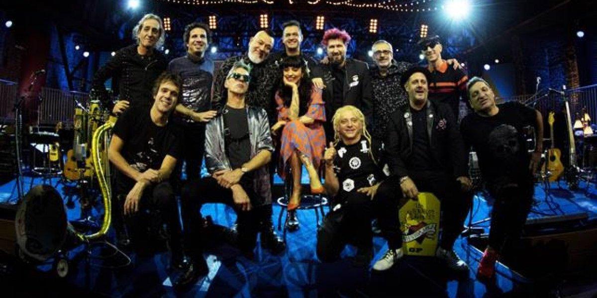 """Mon Laferte destaca en el primer adelanto del disco """"Unplugged"""" de Los Auténticos Decadentes"""
