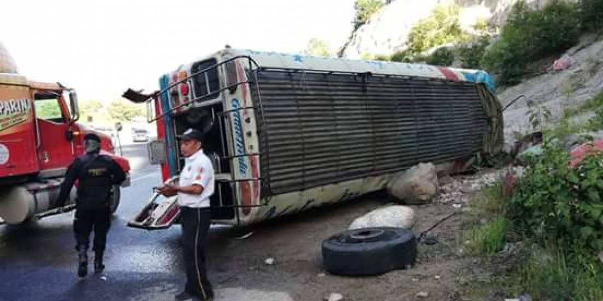 Precaución: accidente de tránsito en la ruta Interamericana