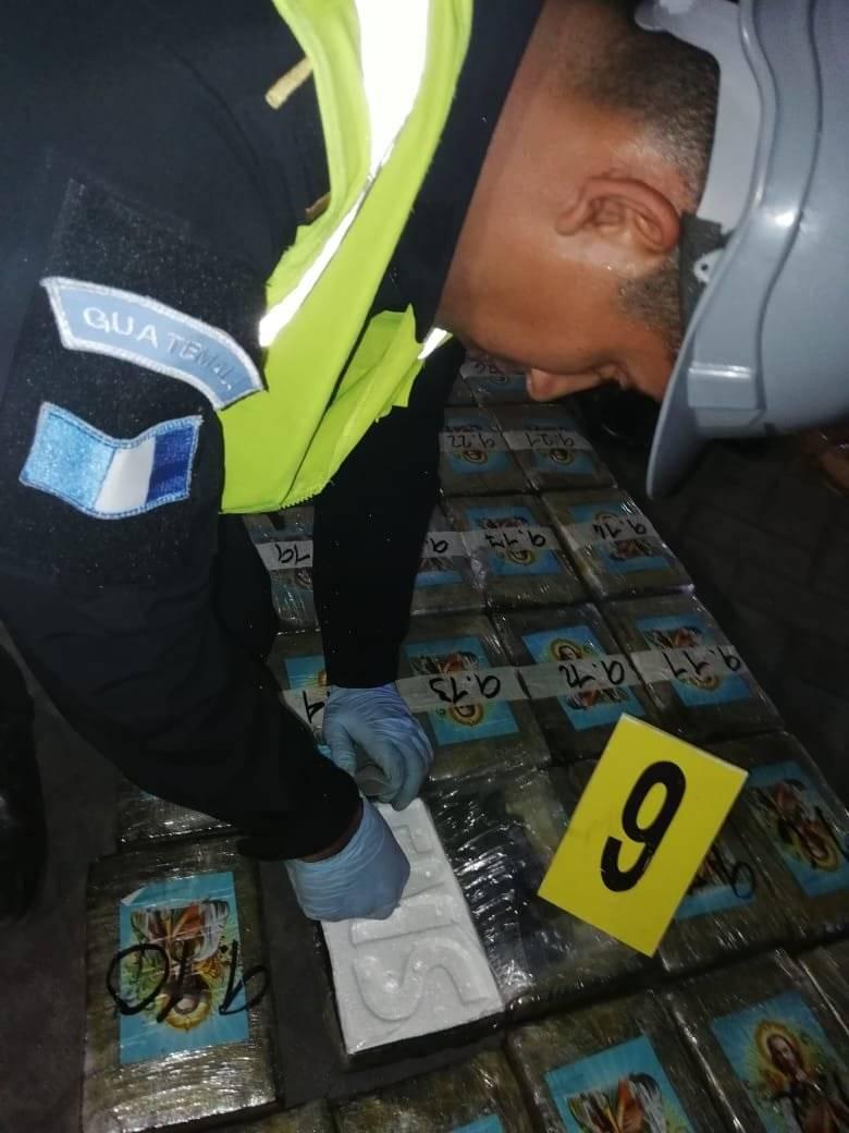 Cocaína es localizada en dos contenedores en Puerto Quetzal, Escuintla. Foto: PNC