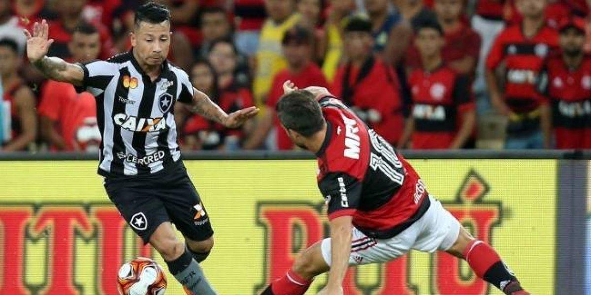 Leonardo Valencia quedó descartado para el duelo ante Vitoria por lesión