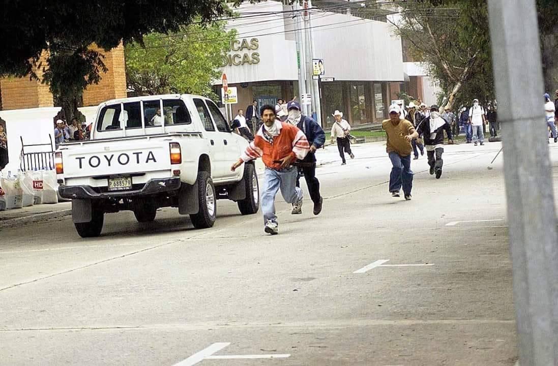 Manifestantes durante el Jueves Negro. Foto: Archivo Héctor Ramírez hijo