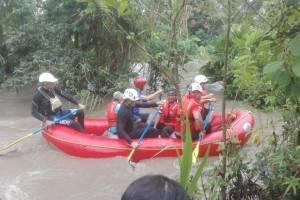https://www.metroecuador.com.ec/ec/noticias/2018/07/22/rescatan-20-personas-inundacion-tena.html