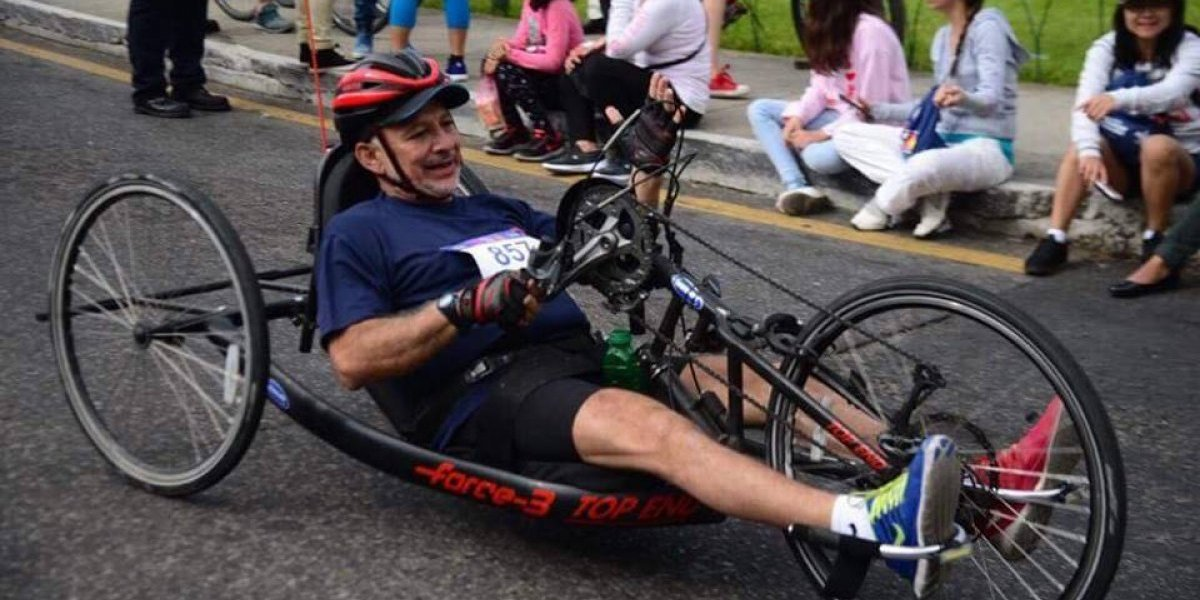 Ser parapléjico no le impide al abogado Armando Carrillo cruzar la meta