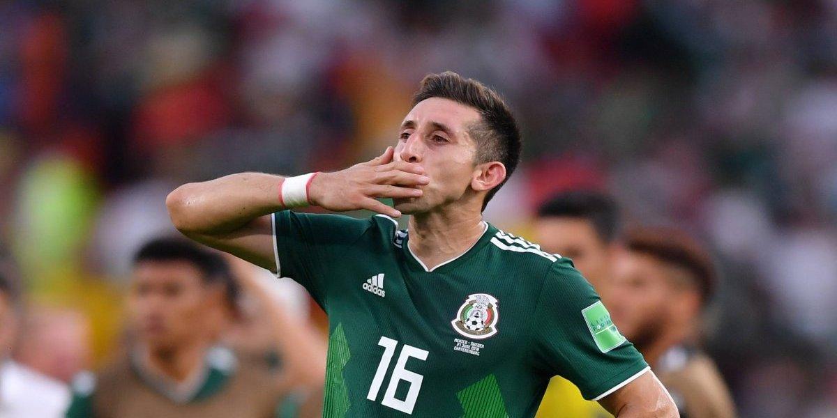 Anuncia Herrera su cirugía de orejas y nariz