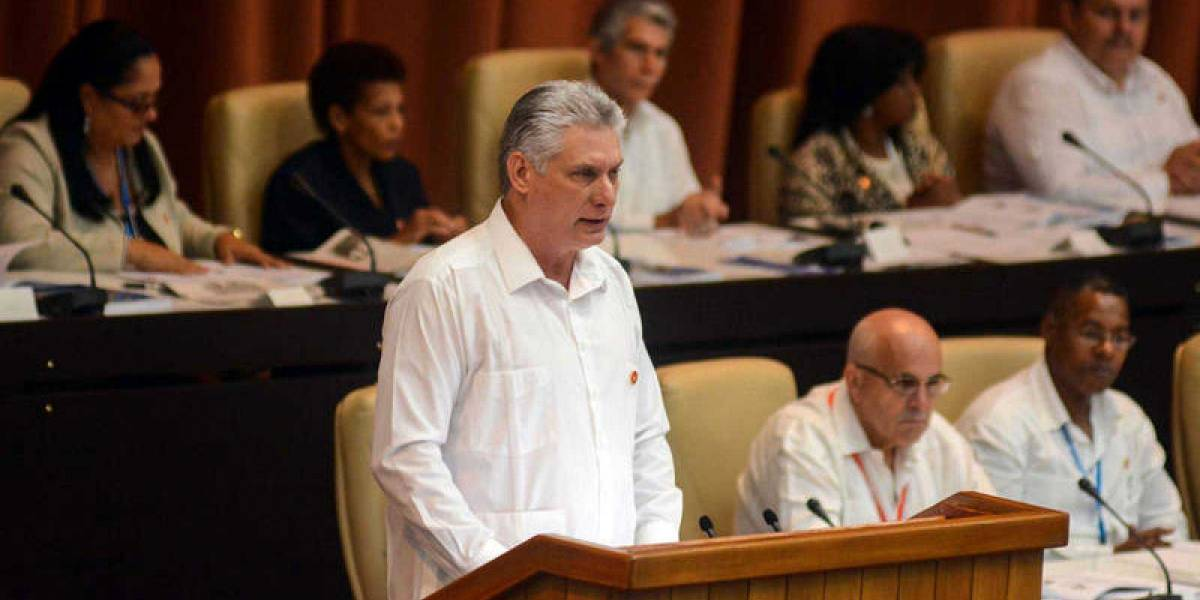 Parlamento cubano aborda el matrimonio igualitario en su nueva constitución