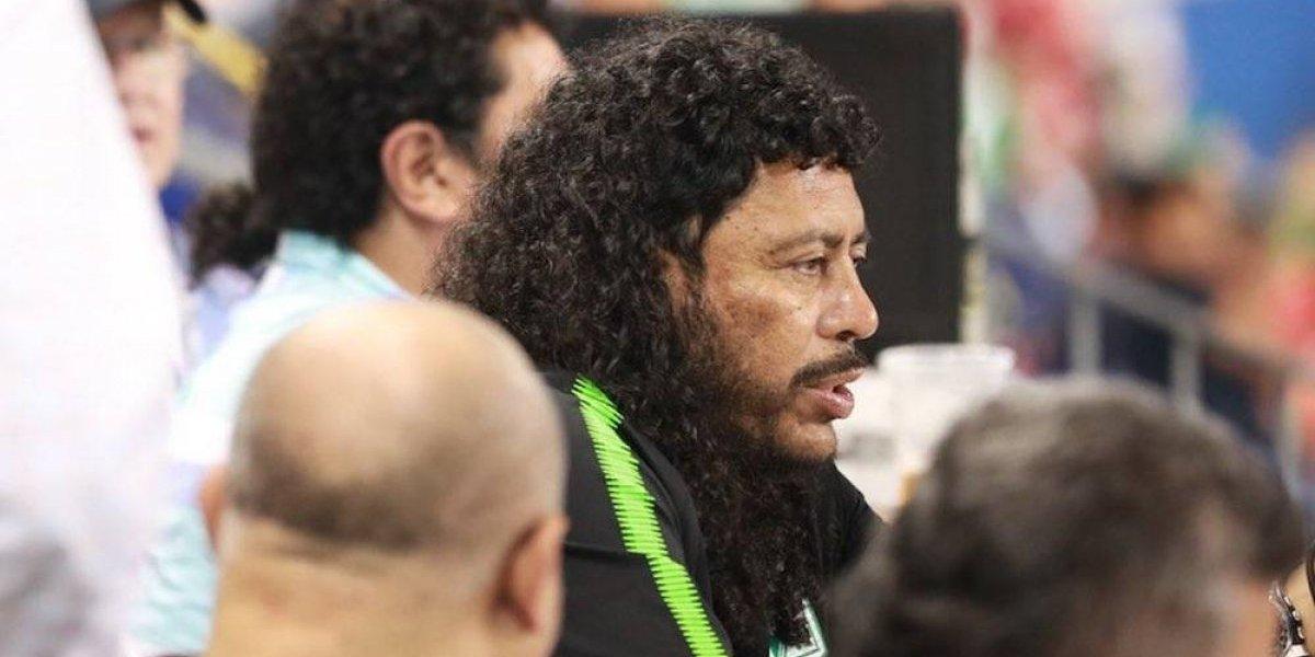René Higuita intentó golpear a hincha que lo insultó en el estadio