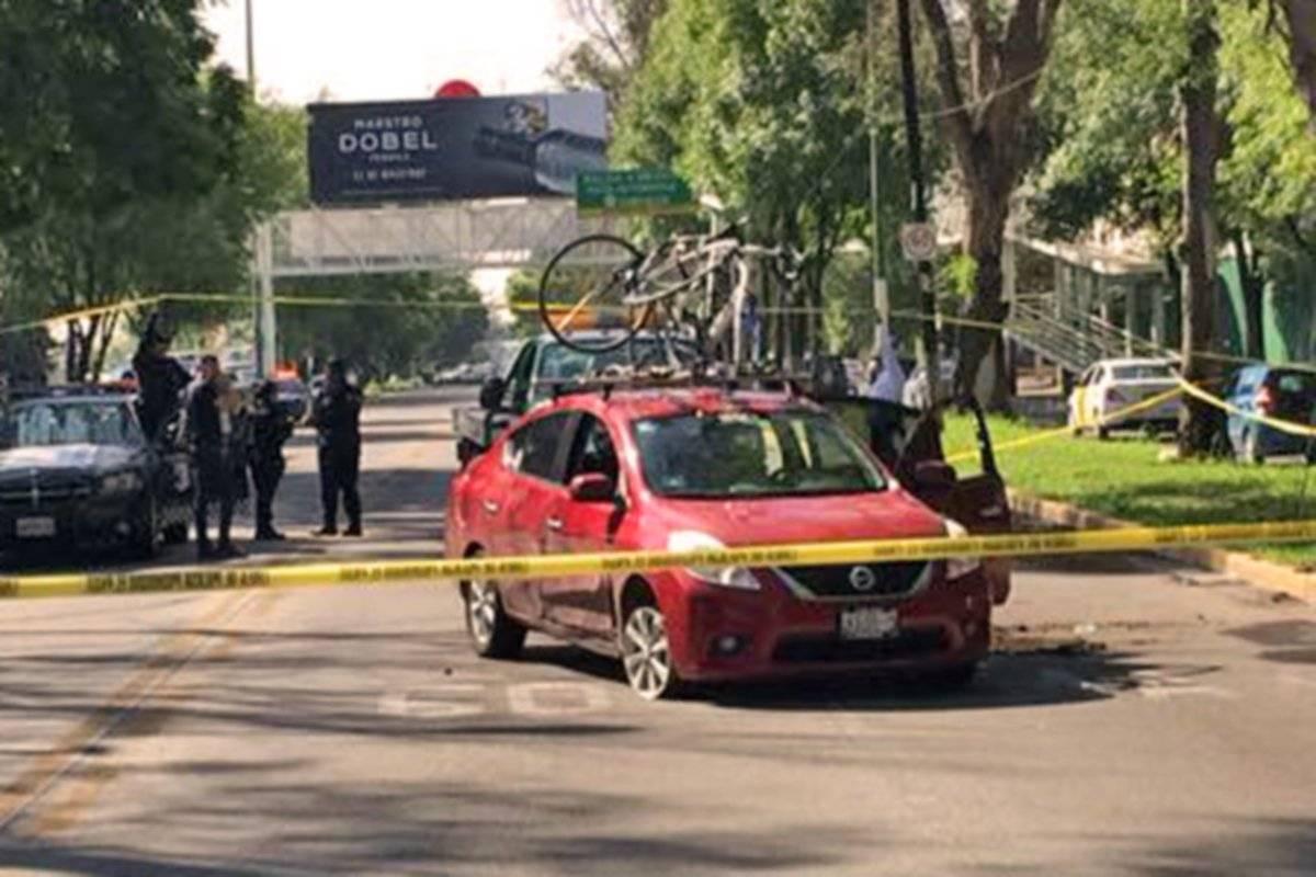 Robo de coche provoca persecución y balacera en avenida Vallarta