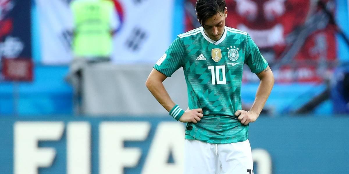 """""""Racismo"""": Jogador da Copa do Mundo, Mesut Ozil pede saída da seleção Alemã"""
