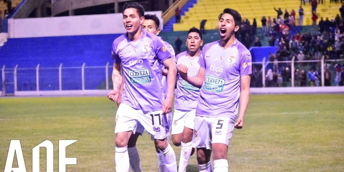 Solo en Sudamérica: Real Potosí de Bolivia presentó dos equipos y dos entrenadores para un mismo partido
