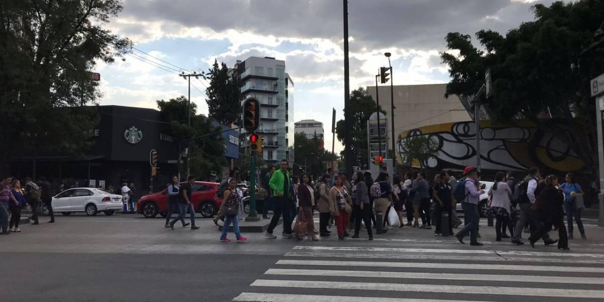 Manifestantes provocan caos vial en Insurgentes y Eje 5
