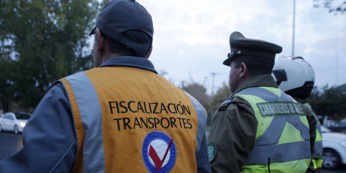 Ganada para el medio ambiente: Rechazan recurso de protección contra restricción a vehículos sin sello verde