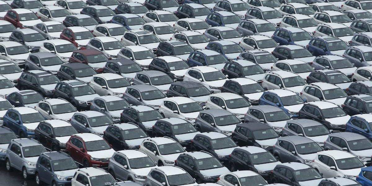 SUV y autos ecológicos van al alza, según Chileautos