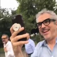 Alfonso Cuarón y su hija Bu.