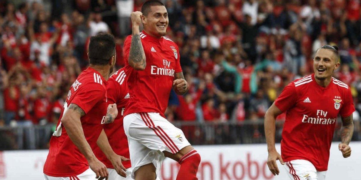 Nicolás Castillo y Mauricio Isla se enfrentarán en la fase previa de Champions League