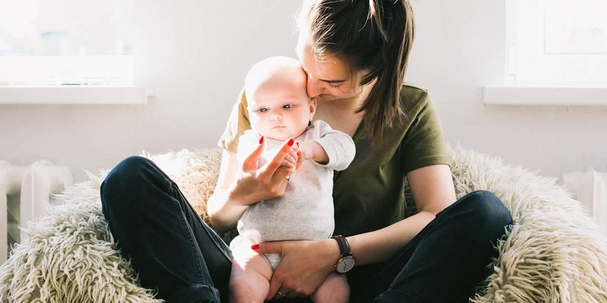 El olor de los bebés es tan adictivo para las madres como una droga, reveló estudio