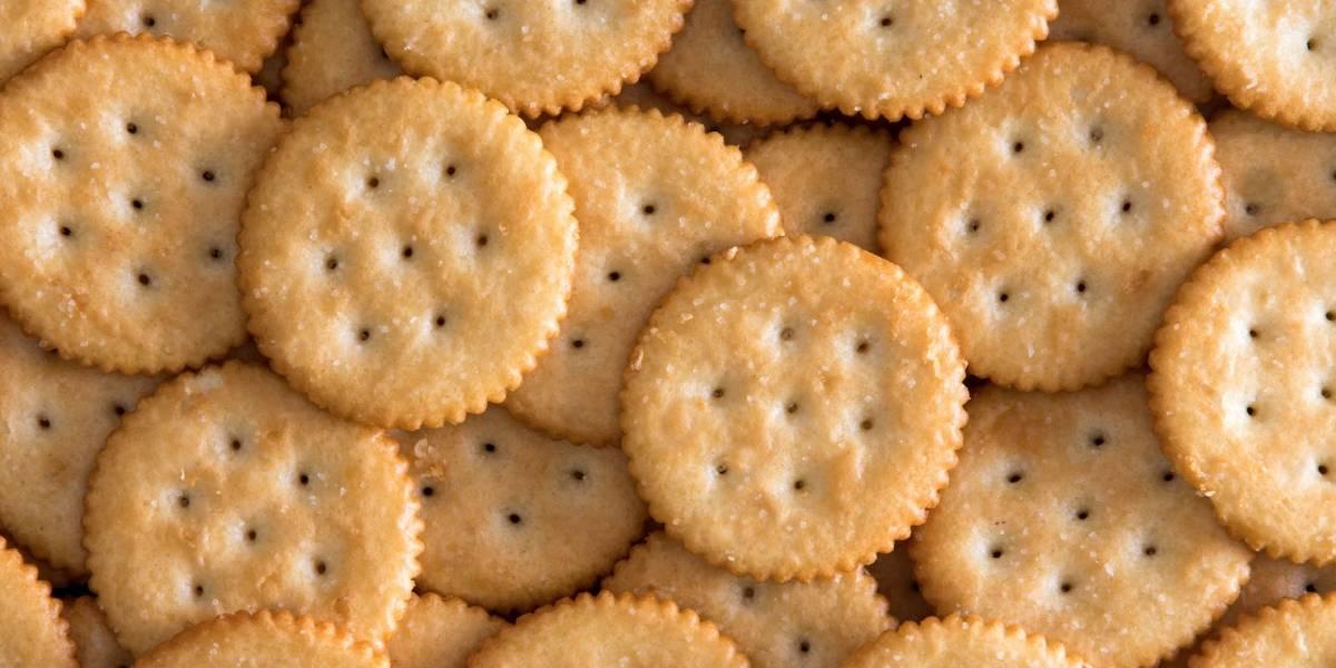 Mondelez retira voluntariamente del mercado parte de su producción de galletas Ritz