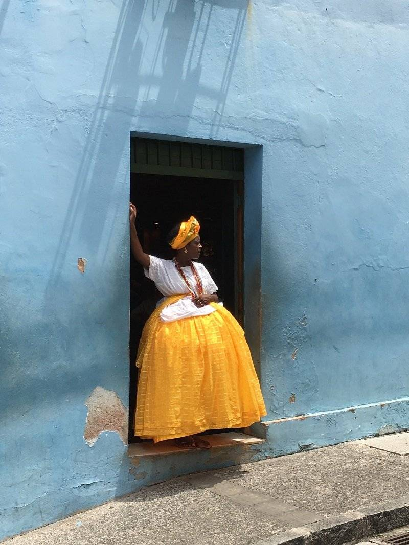 """""""Baiana en amarillo y azul"""