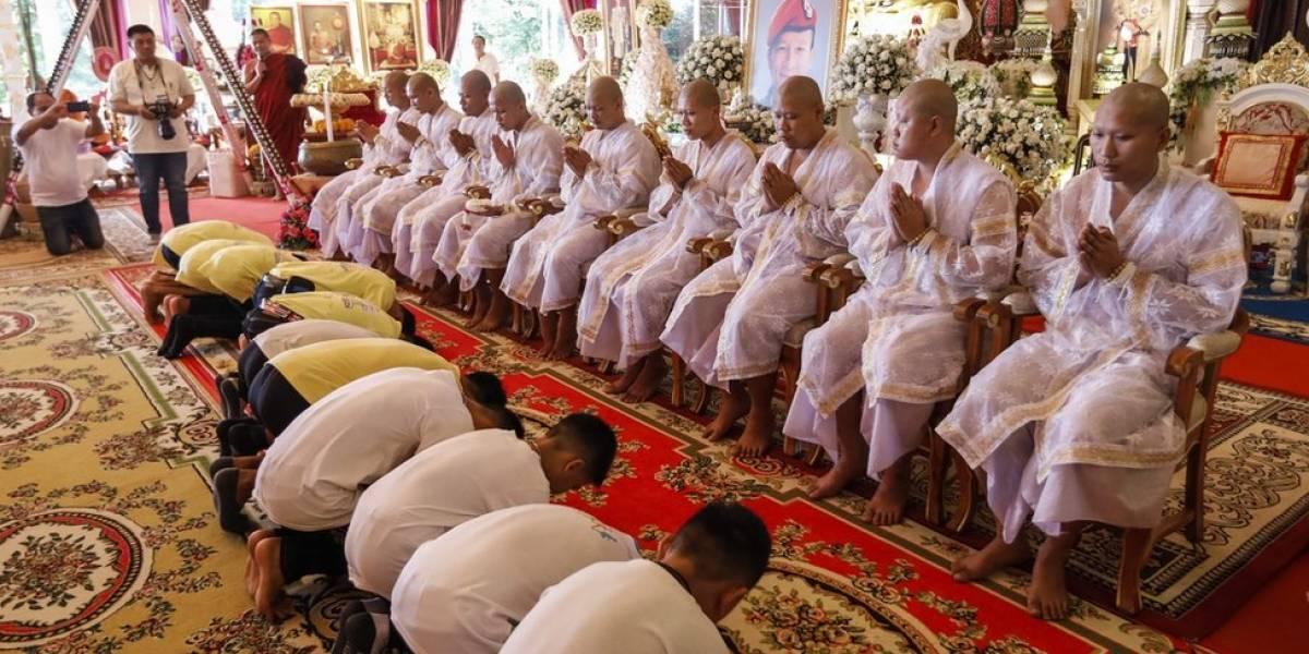 """Como é a """"limpeza espiritual"""" pela qual estão passando os meninos da caverna na Tailândia"""