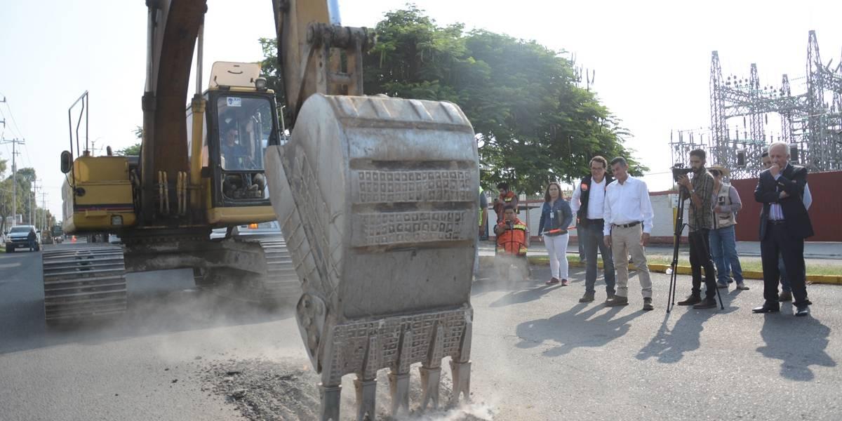 Inicia la repavimentación con concreto hidráulico en Clouthier