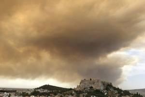 Incendio en Grecia: Encontraron cuerpos calcinados abrazados entre sí (IMPACTANTES FOTOS)
