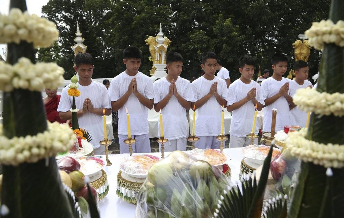 niños rescatados de cueva en tailandia