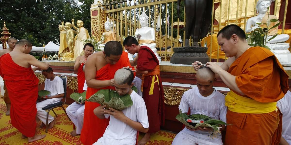 Les cambió la vida: niños rescatados de cueva en Tailandia serán monjes budistas