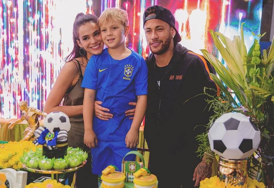 Bruna Marquezine Neymar e Davi Lucca