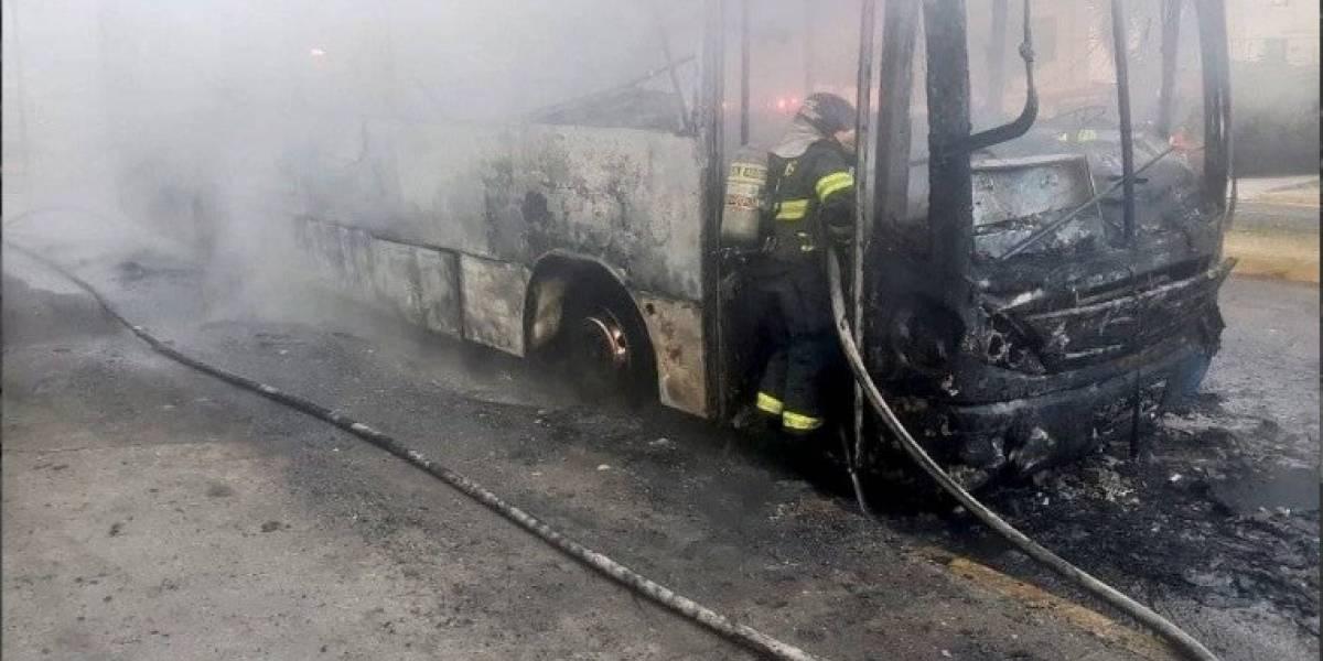 Quito: Se conocen los detalles del incendio de bus en Miraflores