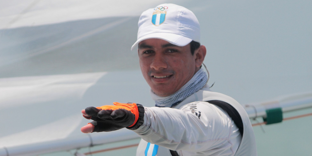 El velerista David Hernández gana oro para Guatemala en Barranquilla 2018