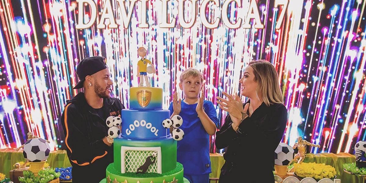 Carol Dantas inclui Bruna Marquezine em agradecimentos de festa do filho de Neymar