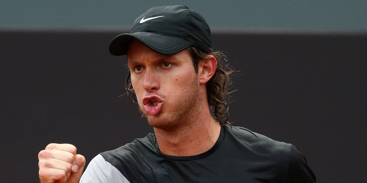 Nicolás Jarry dejó atrás los malos ratos y ganó por paliza en su debut en el ATP de Hamburgo