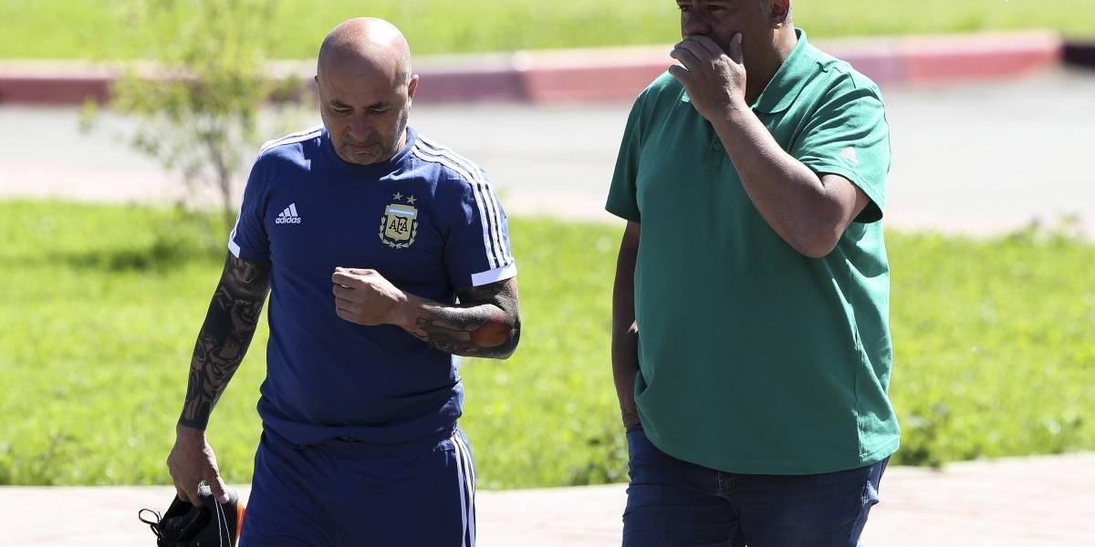 """Chiqui Tapia defiende la decisión de llevar a Sampaoli: """"No me arrepiento de haberlo contratado"""""""