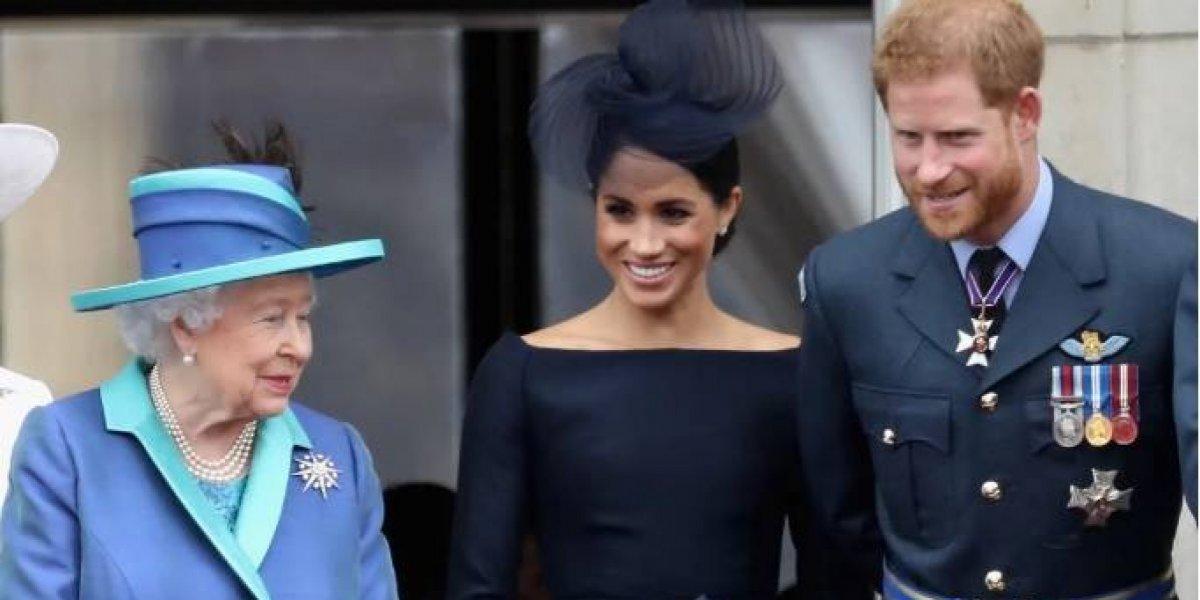 La reina Isabel II regala un castillo a Harry y Meghan