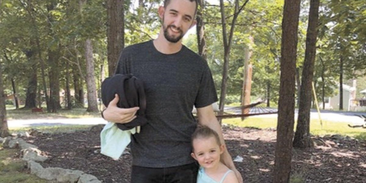 Una niña de tres años le salva la vida a su padre gracias a una llamada por Facetime