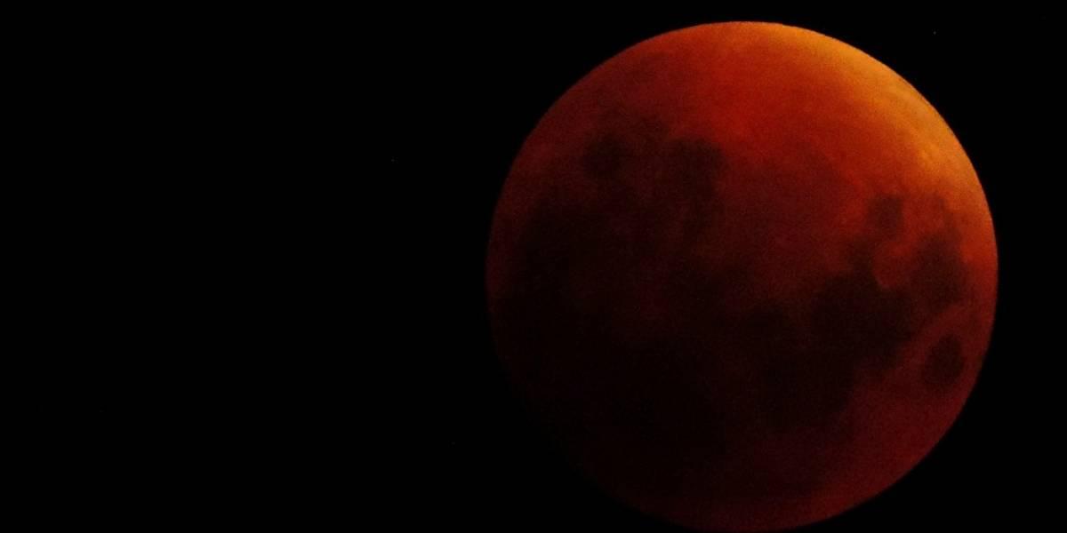 Todo lo que tienes que saber para mirar el eclipse lunar más largo del siglo
