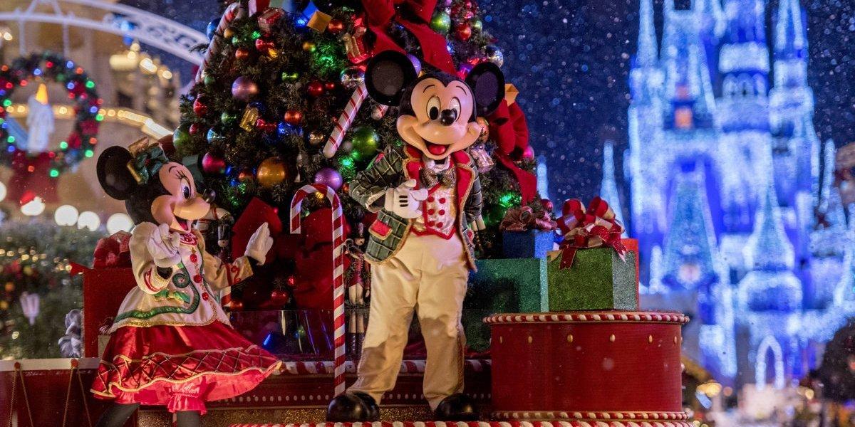 Guía completa para celebrar la Navidad en Disney