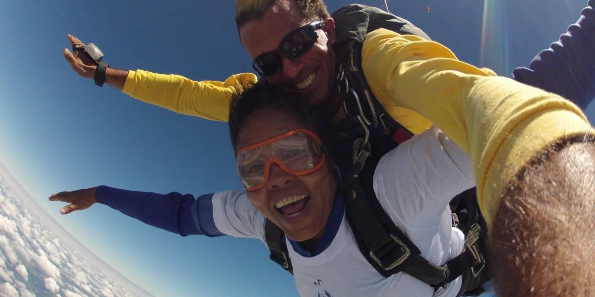 Deficientes visuais do ABC e Grande São Paulo realizam sonho de pular de paraquedas