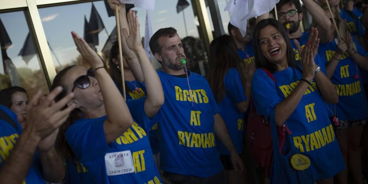 Más de 50 mil pasajeros afectados por huelga de aerolínea en Europa
