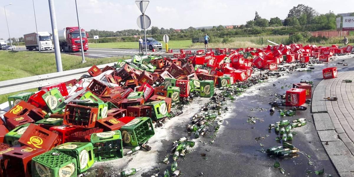 Derraman cientos de litros de cerveza