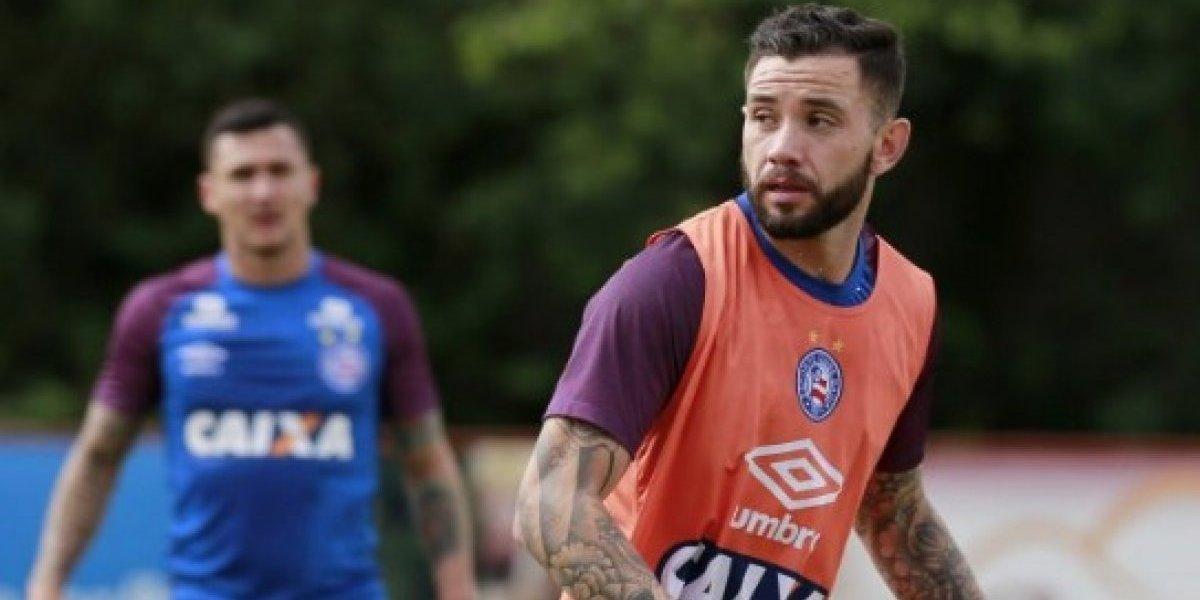 Bahia no lo quiere soltar: La llegada de Eugenio Mena a Racing sigue entrampada