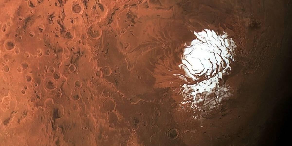 Descubren un gran lago de agua líquida en el Polo Sur de Marte