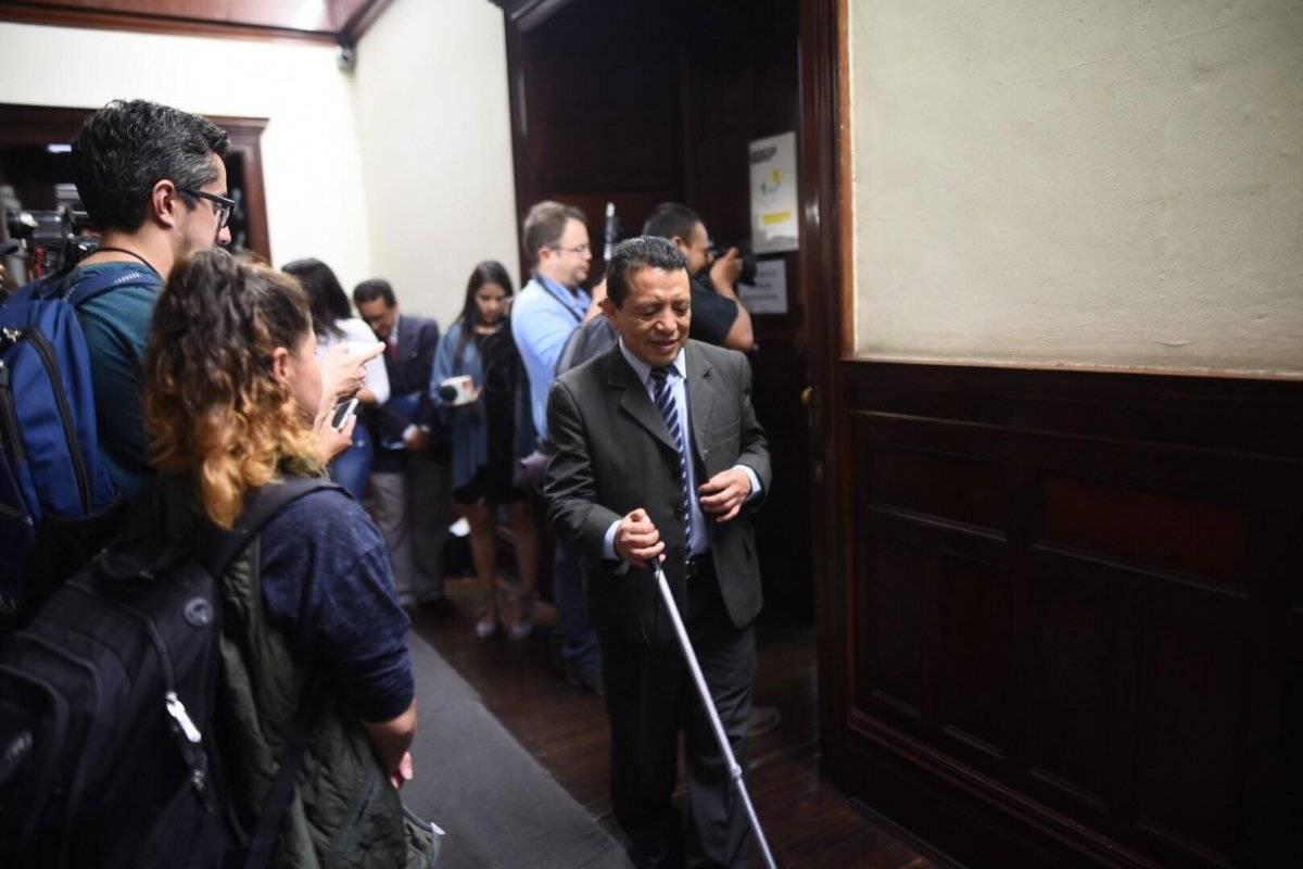 Activistas de derechos de personas con discriminación accionaron legalmente contra el diputado Fernando Linares Beltranena. Foto: Edwin Bercián