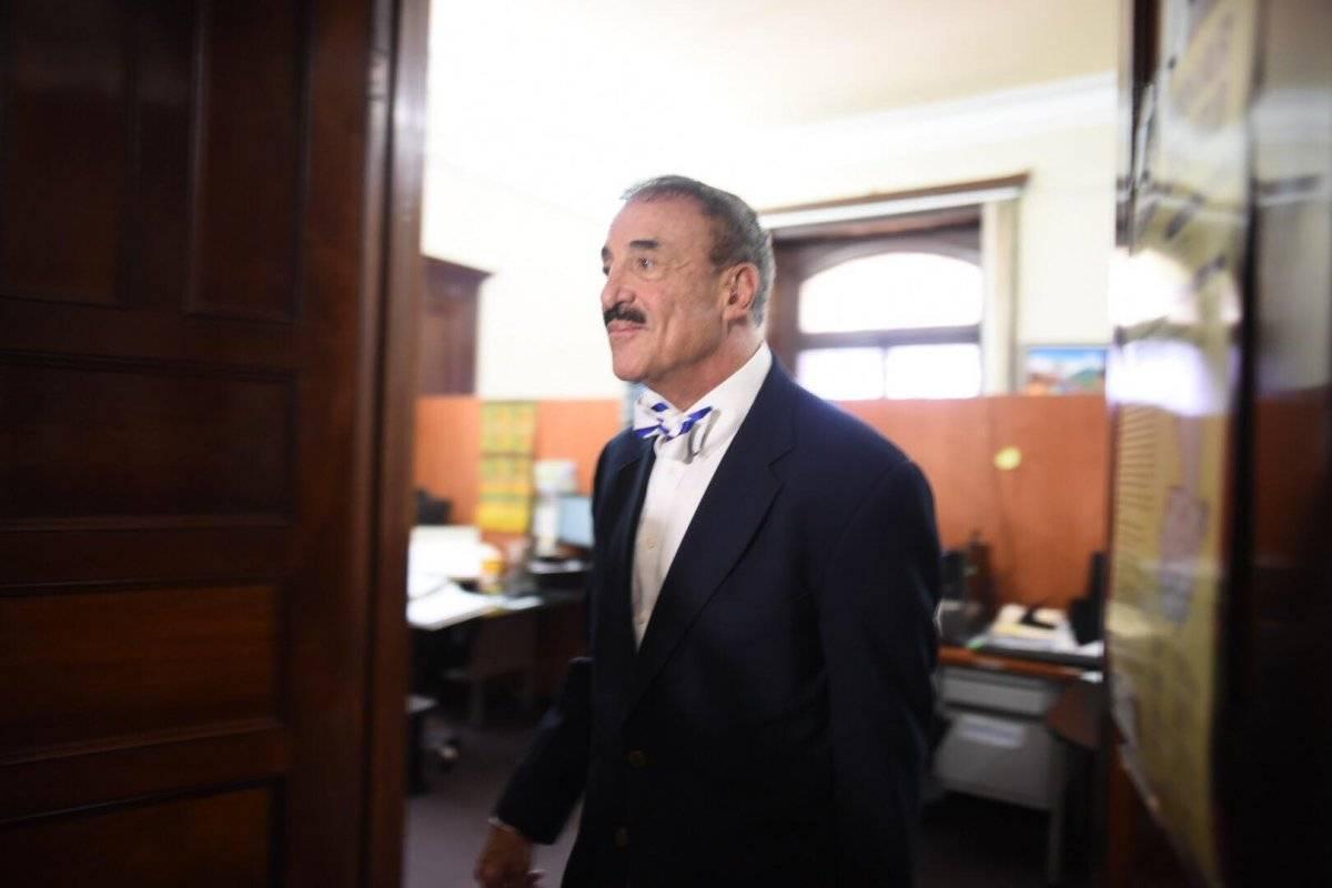 Diputado Fernando Linares Beltranena.