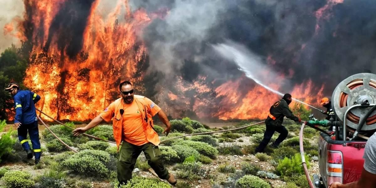 Niños murieron abrazados quedando totalmente calcinados en el trágico incendio en Grecia