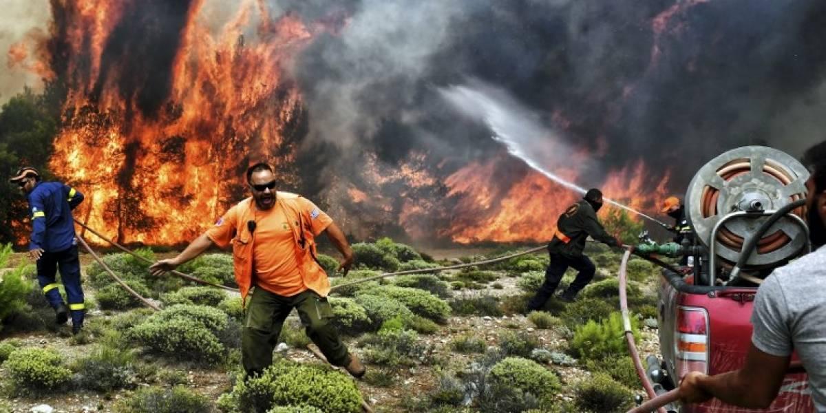 Aumenta el número de fallecidos por incendio en Grecia