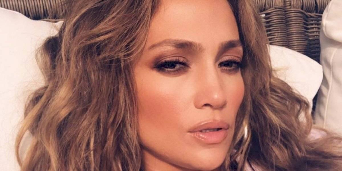 Critican a Jennifer López por alegadamente mostrar sus partes íntimas