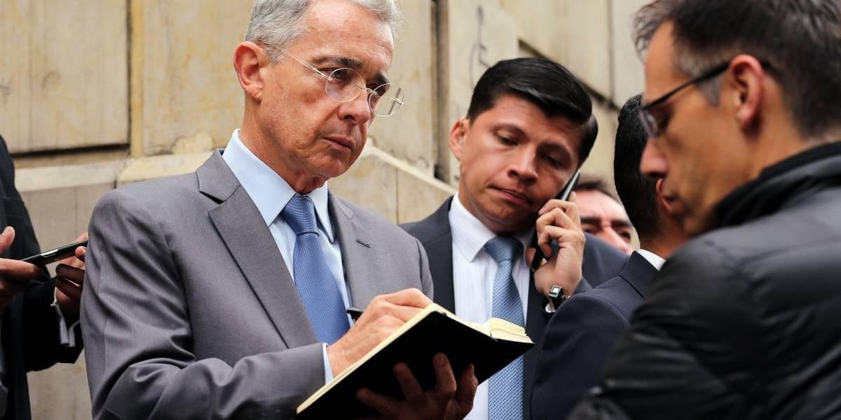 El indescifrable mensaje de fin de año de Uribe que dejó a muchos confundidos