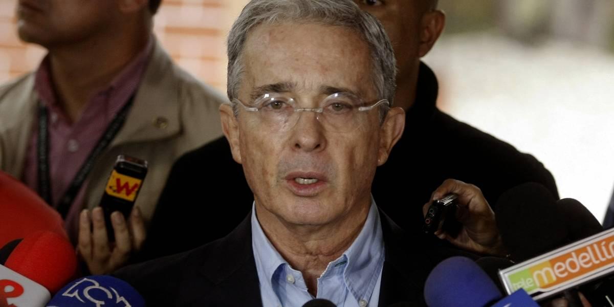 Álvaro Uribe presentó su renuncia formal ante el Senado de la República