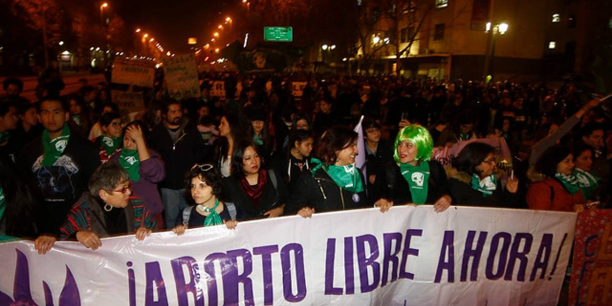 """Bachelet rechaza ataques en marcha por aborto libre: """"Recuerda a los peores años de la dictadura"""""""