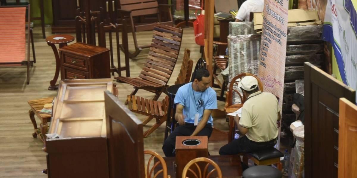 Pequeños empresarios buscan expandir sus productos en Expomueble